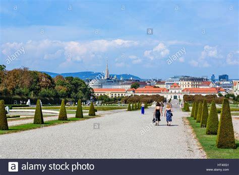 Garten Der Stadt Wien by Wien Belvedere Blick 252 Ber Die G 228 Rten Oberes
