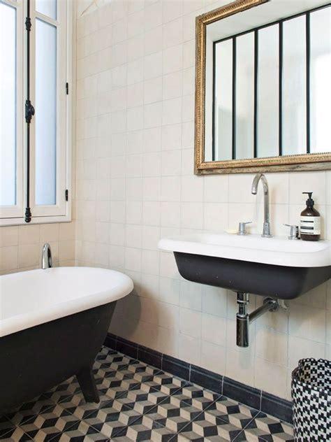 r 233 novation salle de bain avec chemise petit carreaux homme deco salle de bain design