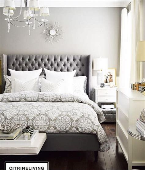 tufted headboard bed best 25 tufted bed ideas on grey tufted