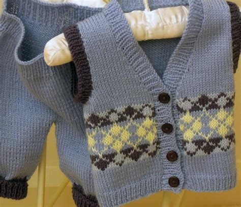 baby knitted vest pattern baby vest in argyle pattern by oge designs