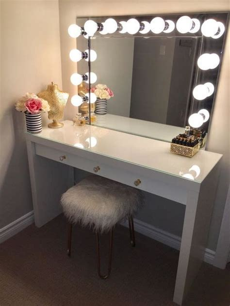 desk with light 25 best ideas about diy vanity mirror on