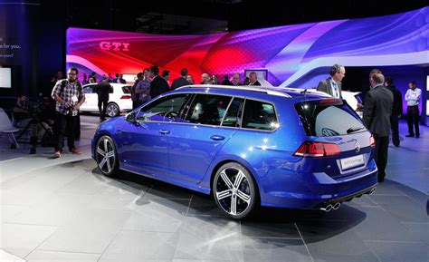 official 2015 volkswagen golf r 2015 volkswagen golf r wagon heads to australia prices