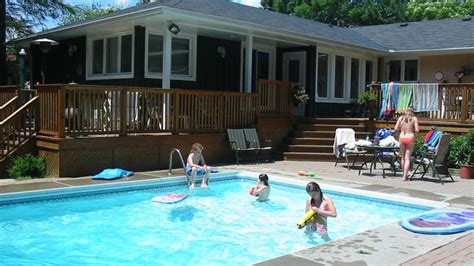 house with swimming pool why you should think about buying a home with a