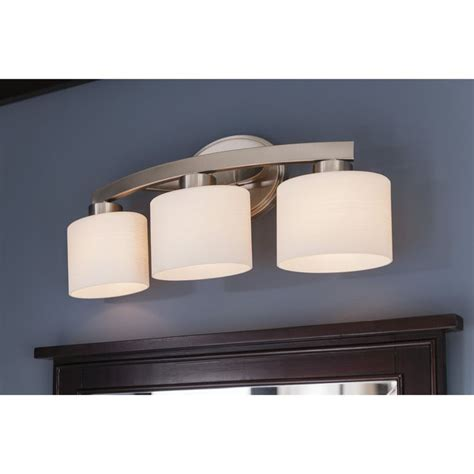 best bathroom lighting fixtures 25 best ideas about bathroom vanity lighting on