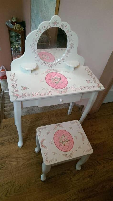 kid craft vanity kidkraft princess make up vanity table stool mirror
