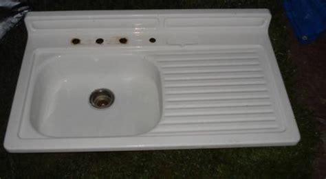 cast iron kitchen sink with drainboard farm kitchen sinks with drainboard vintage porcelain
