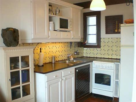 design for a small kitchen small kitchen design