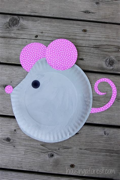 how to make craft with paper plates paper plate mouse easy craft paper plate crafts