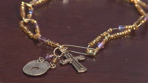 How To Make Safety Pin Jewelry Ehow