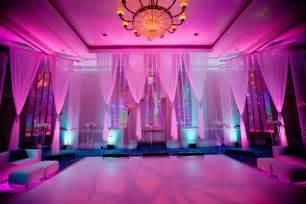 led wedding lights 15 ways to light up your wedding bridalguide