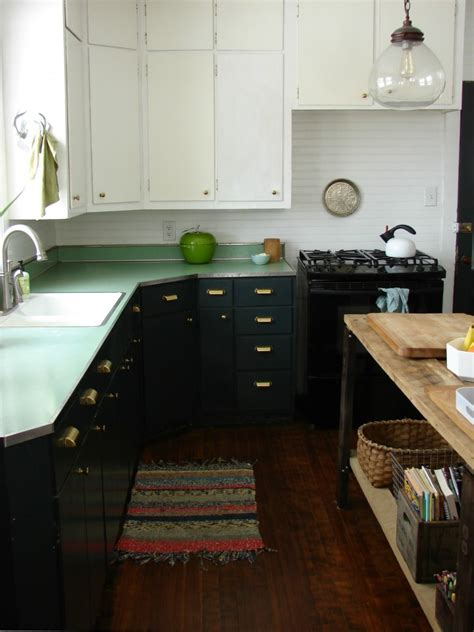 ideas on painting kitchen cabinets how to paint kitchen cabinets 5 tips from a master painter remodelista