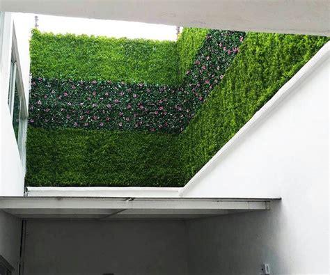 decorar jardines con rejas jardin vertical muros verdes enredaderas para rejas cercos