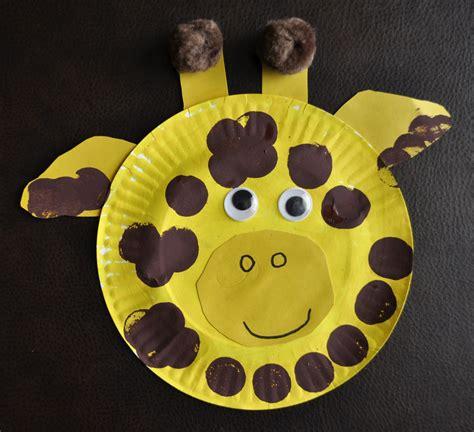 giraffe crafts for paper plate giraffe i crafty things