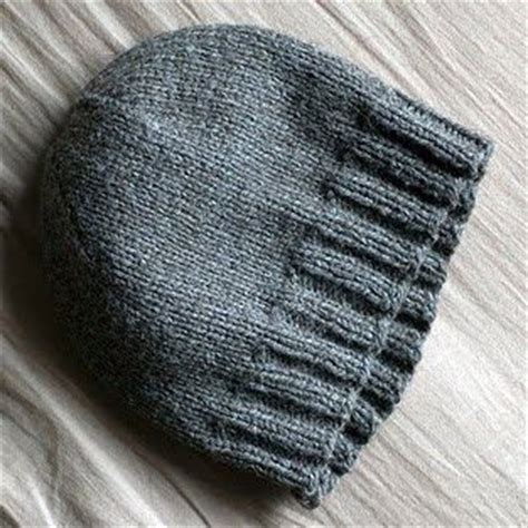 basic knit hat pattern basic hat pattern knitting crocheting ideas