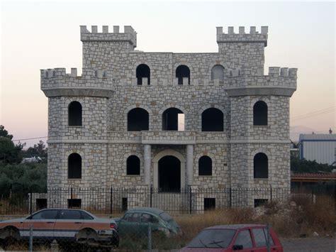 panoramio photo of new build castle