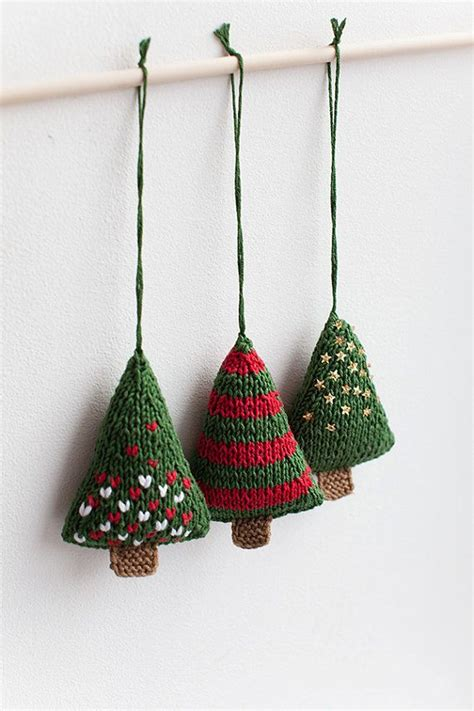 free knitting patterns for decorations knitting patterns for tree decorations free 28 images
