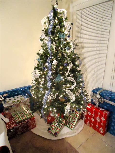 ideas for decorating a tree with ribbon decorate tree with ribbon letter of recommendation