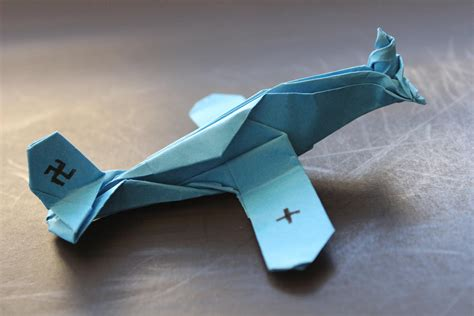 cool origami planes how to make a cool paper plane origami