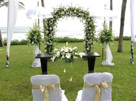 simple decor simple wedding decorations ideas