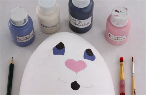 acrylic paint on styrofoam 10 diy easter craft ideas using styrofoam eggs for adults