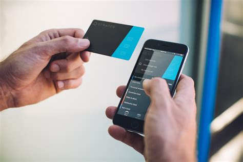 digital card stratos unveils digital card issuance platform at finovate