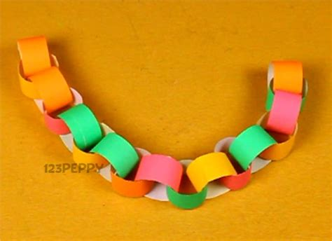 paper chain crafts how to make paper chain 123peppy