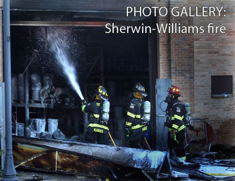 sherwin williams paint store west oak zionsville in crews battle flames at sherwin williams paint store