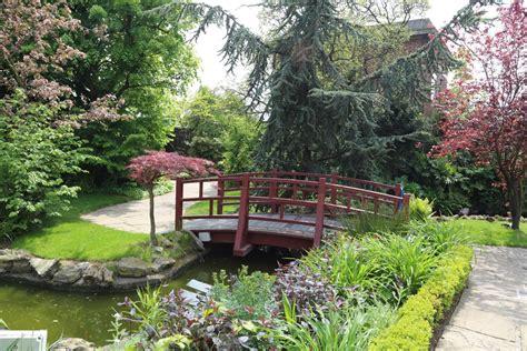 japanese garden design hgtv