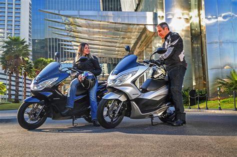 Pcx 2018 Comentarios by Honda Pcx 150 2018 Azul Perolizado Motorede