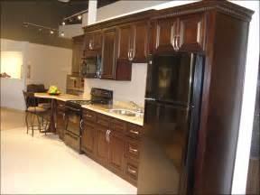 kitchen cabinet knobs or pulls 100 kitchen cabinets knobs or pulls kitchen cabinet