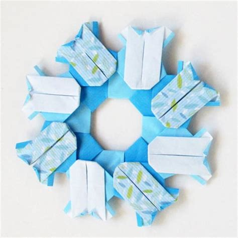 how to make an origami boy origami wreaths to celebrate a baby or