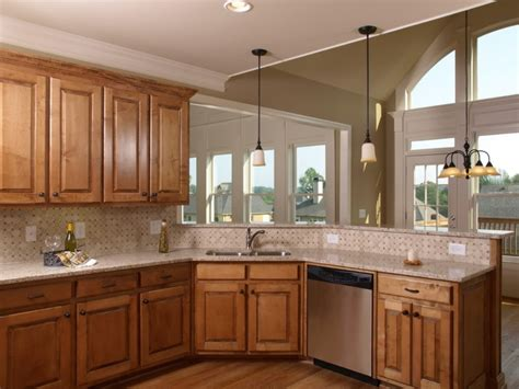 paint color for kitchen with maple cabinets best maple kitchen cabinets ideas maple kitchen cabinet