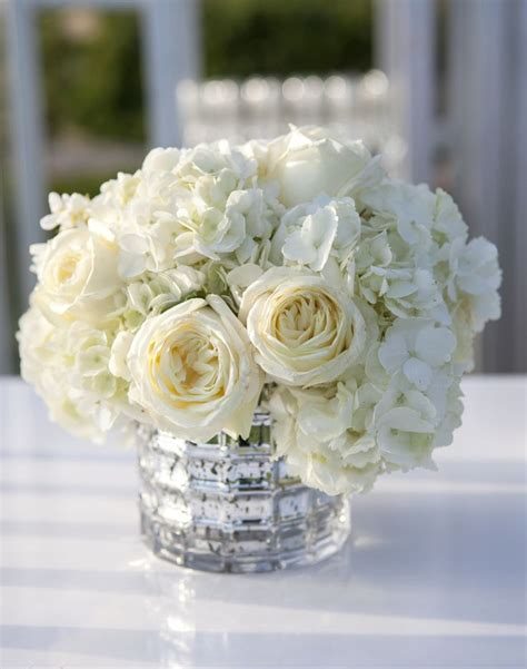 centerpieces with flowers 25 best ideas about hydrangea centerpieces on