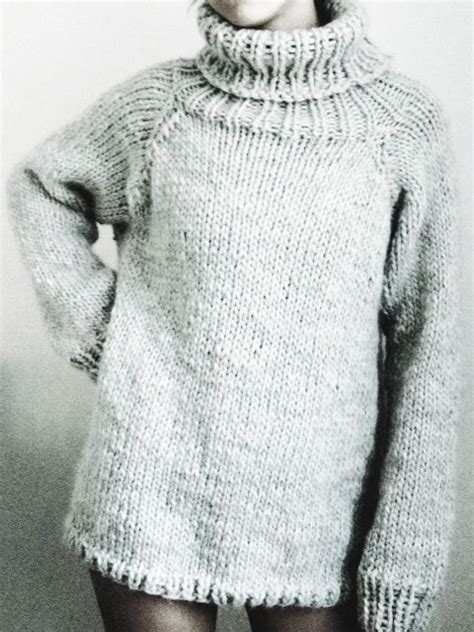 chunky knit sweater pattern stay warm cozy with these free chunky knitting patterns