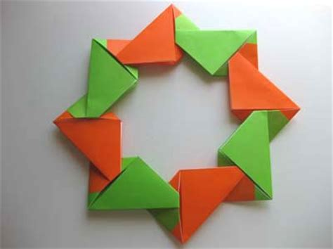 modular origami wreath 1000 images about paper on