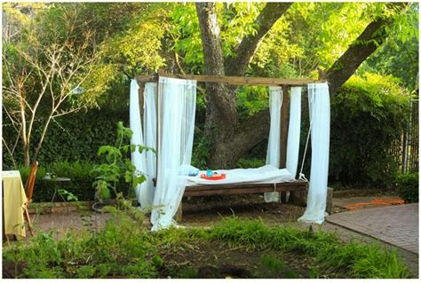 swinging bed frame 1000 ideas about outdoor swing beds on