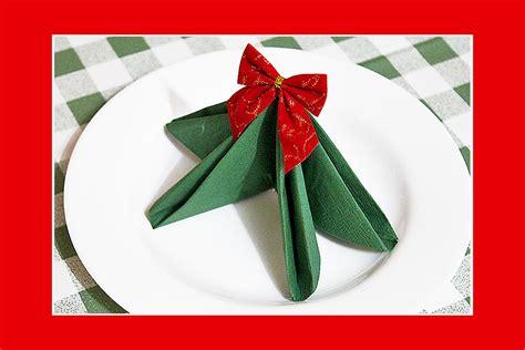 servietten falten weihnachtsbaum servietten falten tannenbaum home design ideas