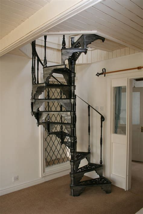 un escalier en colima 231 on des id 233 es pour relooker votre int 233 rieur archzine fr staircases
