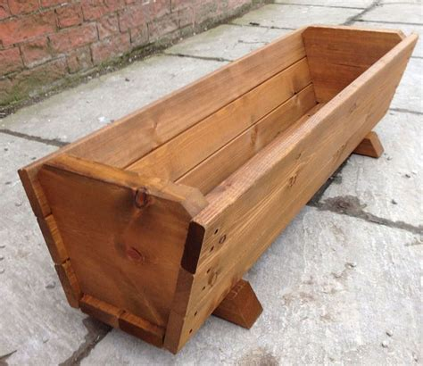 large planter boxes 25 best ideas about large wooden planters on