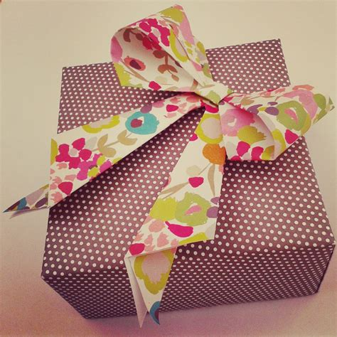 origami gift bow the bumbling bee guest post how to make an origami bow