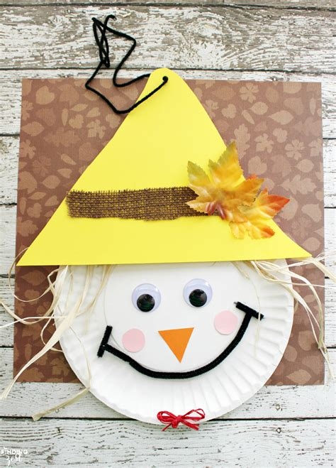 paper plate scarecrow craft scarecrow paper plate craft for thanksgiving