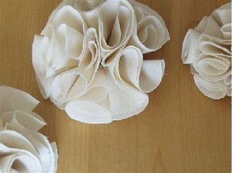 les 25 meilleures id 233 es concernant fleurs en tissu sur