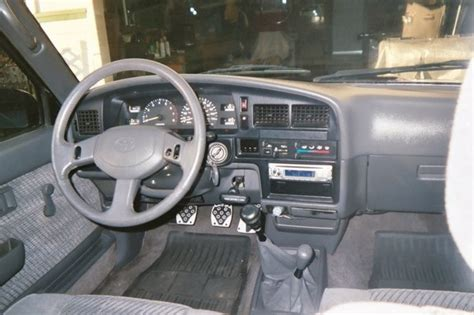 how cars run 1994 toyota xtra interior lighting toyboi4x4 1994 toyota xtra cabsr5 specs photos modification info at cardomain