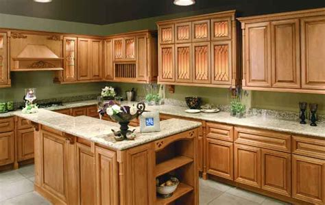 paint colors for kitchen with light cabinets kitchen colors with light wood cabinets