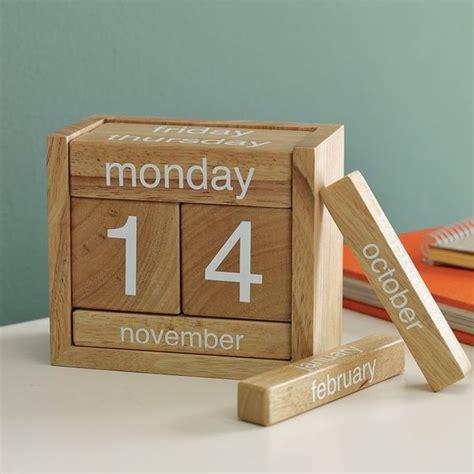 woodworking calendar perpetual calendar wooden blocks