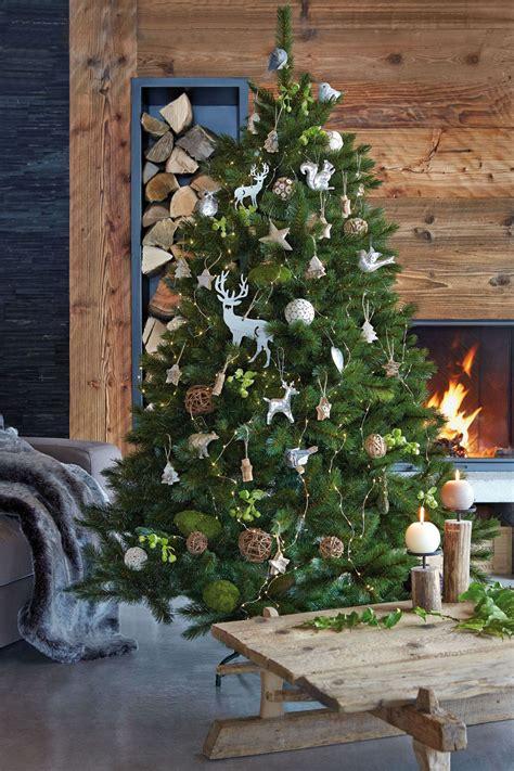 eight tree decor ideas
