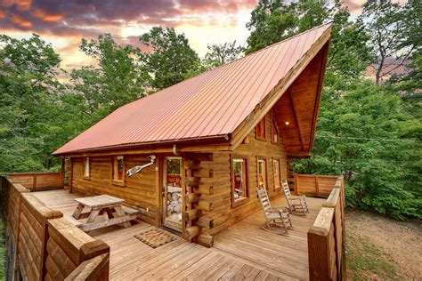 1 bedroom cabins in gatlinburg buckhaven 1 bedroom honeymoon cabin in gatlinburg elk