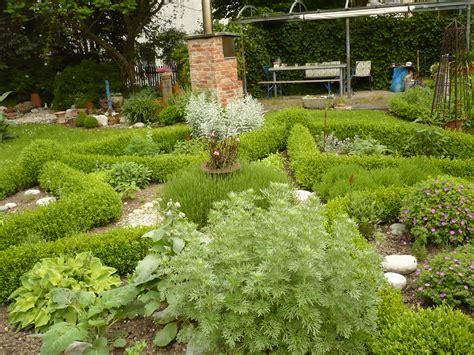 Der Garten by Der Garten Hausundhof Kunst