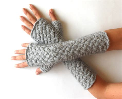 how to knit gloves with circular needles knit pattern for cable fingerless gloves p0007