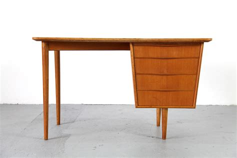 mid century modern desk for sale small mid century modern desk 1950s for sale at pamono